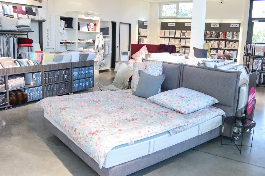 bettdecken werksverkauf. Black Bedroom Furniture Sets. Home Design Ideas